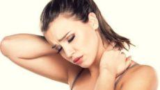 Что приводит к защемлению нерва на шее, и как это исправить?