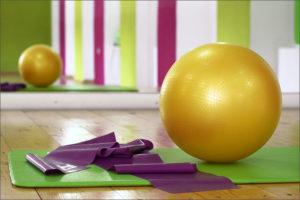 Польза фитбола для спины